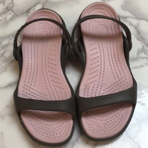 Crocs sandals: brown & pink, size 5